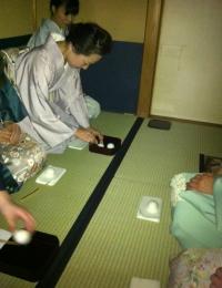 茶道 席入 お菓子 茶席 教室 マナー